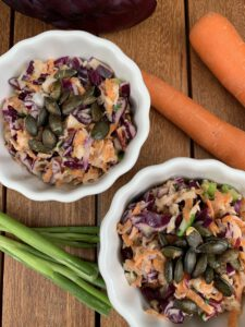 Rotkohl-Karotten-Apfel Salat | Mein Lieblingssalat